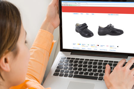 Faire un achat en ligne de chaussures pour femme